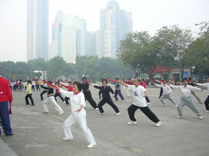 Risultati immagini per qi gong in cina